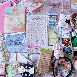Kawaii Mystery Box +20 Items